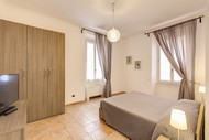 Apollo Apartments Colosseo - Two Bedroom Apartment Sleeping 6 People